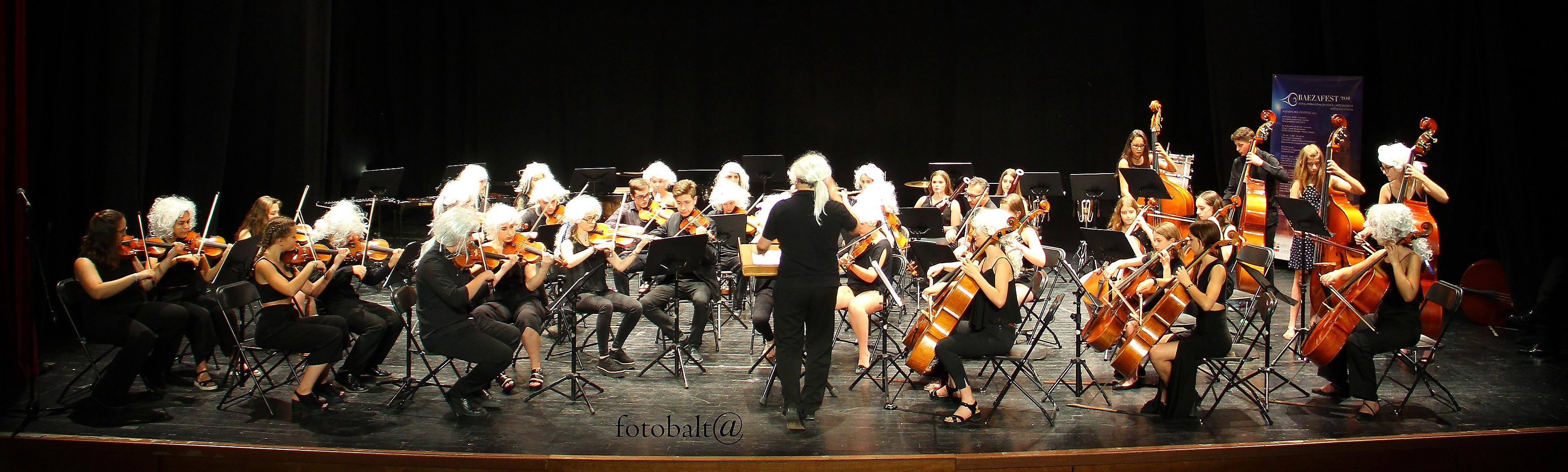 Joven Orquesta Sinfónica del Festival Internacional de Música y Artes Escénicas BAEZAFEST  Director: Javier Sanchis López